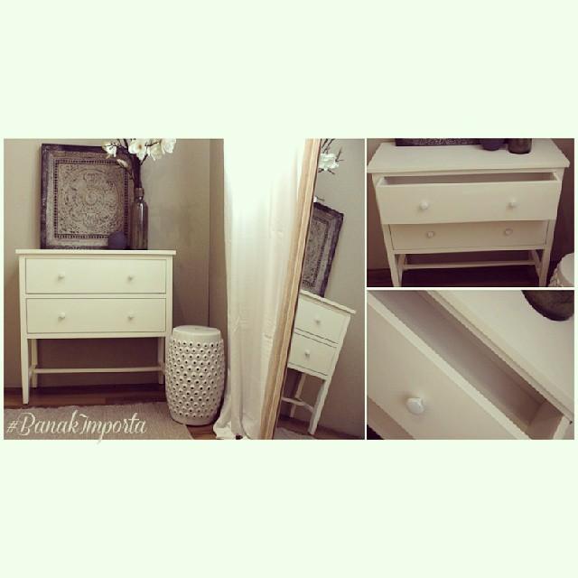 Esta vez hemos incorporado el #mueble Damasco en un #dormitorio con la funcionalidad de una practica y sencilla cómoda. Que os parece? http://goo.gl/0nLHPf #home #hogar #banakimporta #decoracion #design #interiores #interiorismo #muebleartesanal