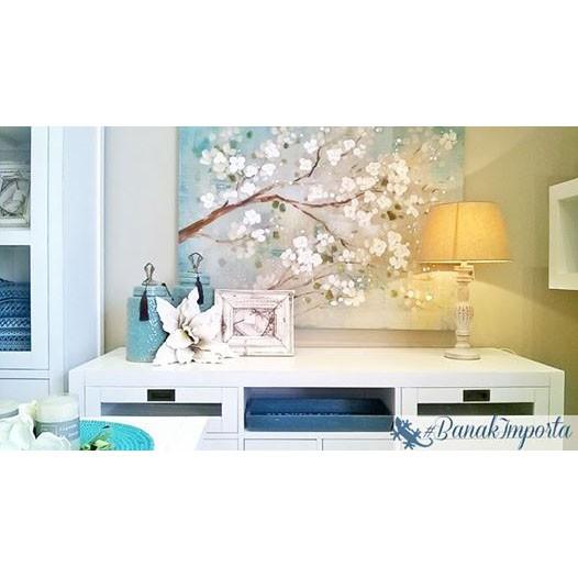 Una #decoración relajante y equilibrada con tonos #turquesa y #muebles en blanco #banakimporta